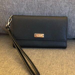 Kate spade Newbury Lane wristlet wallet
